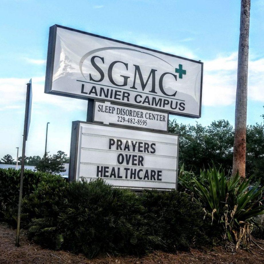 SGMC Lanier Sign _20200416_075617681_BURST000_COVER