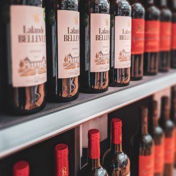 liquor store shelf z5aktkhrjsq-350x350