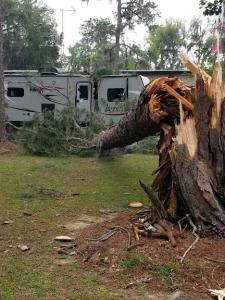 2020.04.09 Tornado Damage 40 98405